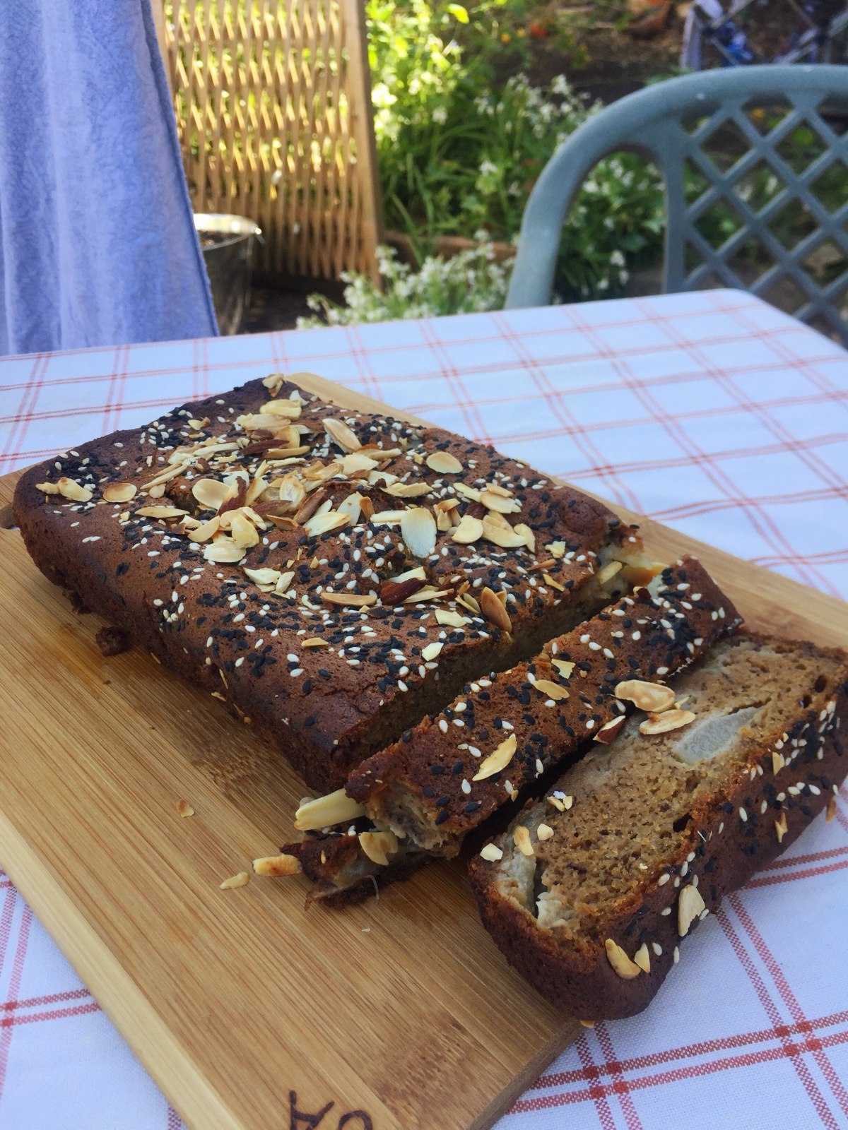 pear-tahini-banana-bread-3